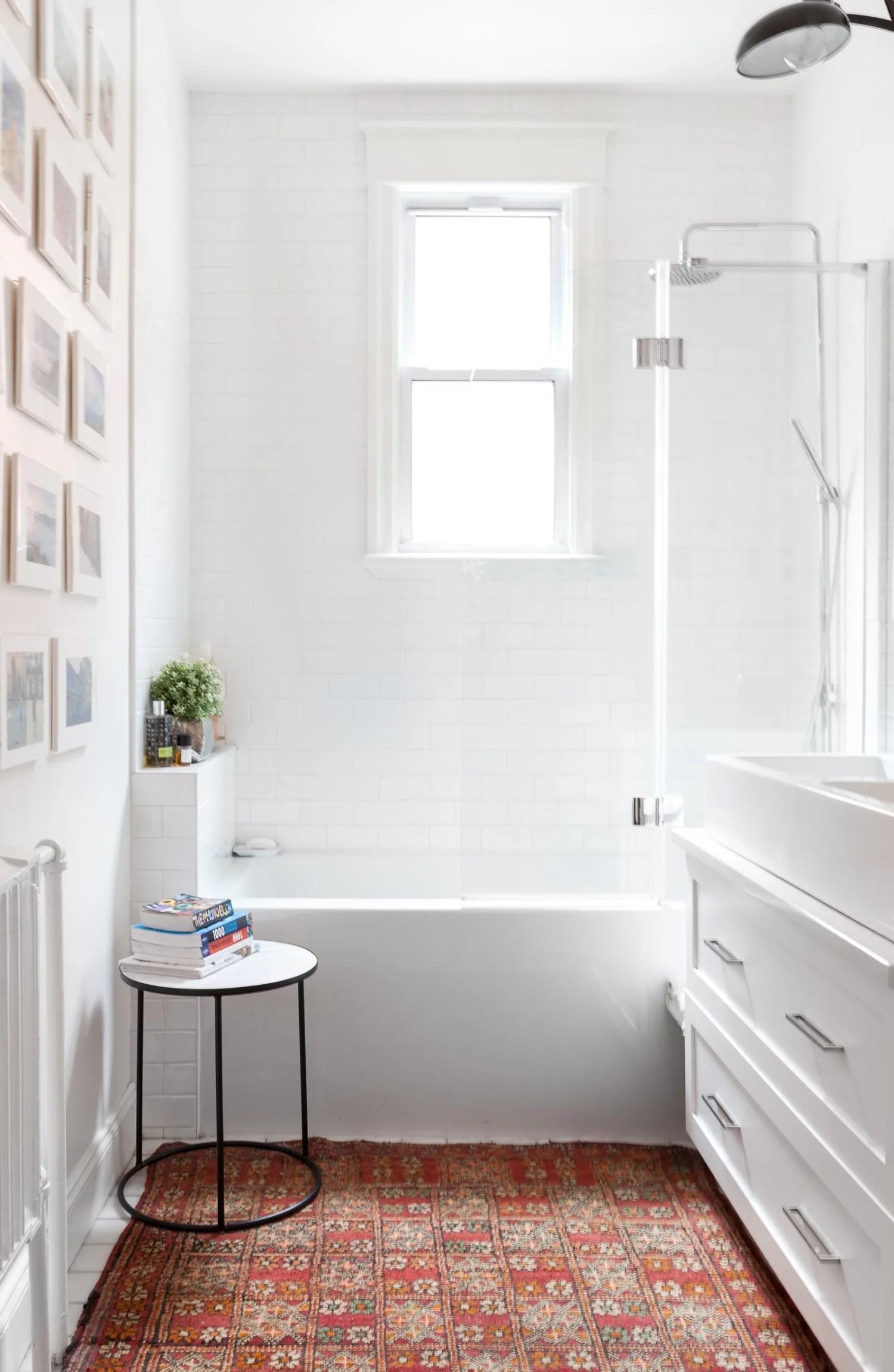 Small Bathroom Design Ideas - 7 Beautiful Remodels ... on Apartment Bathroom Ideas  id=85040
