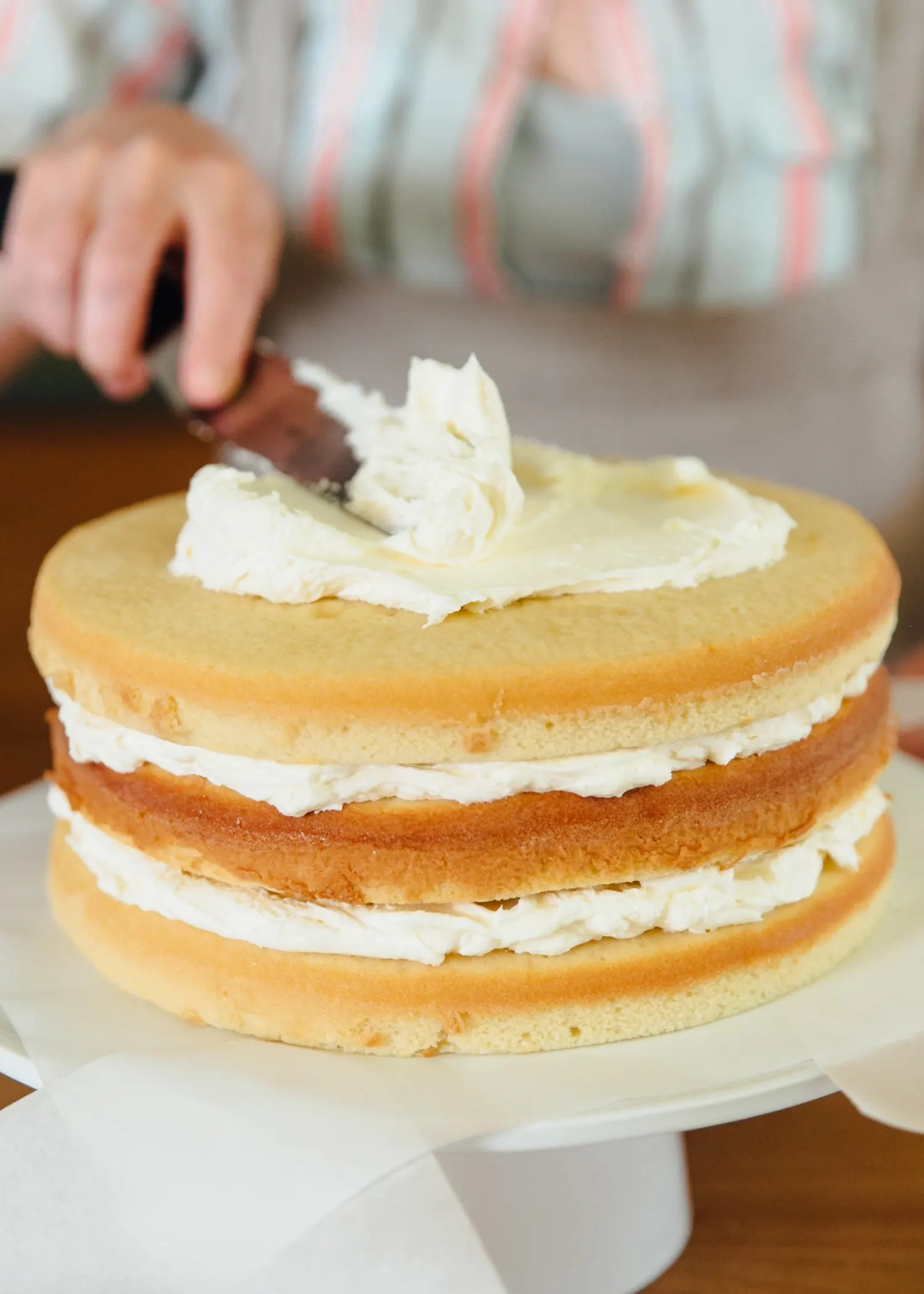 3 Simple Ways To Bake A Flat Topped Cake Every Time