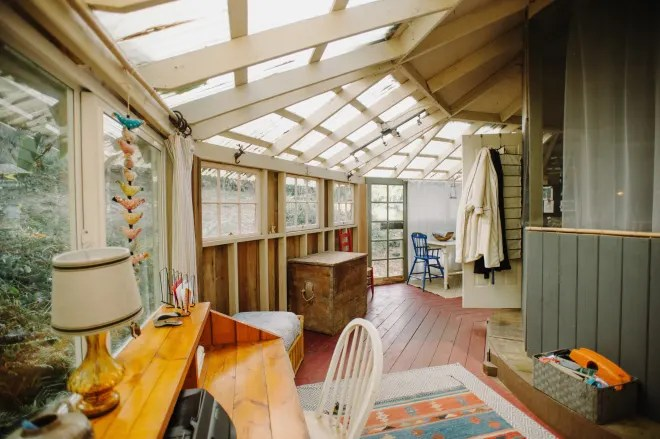 This Rustic, Handmade Hawaiian Home Started as a Gazebo