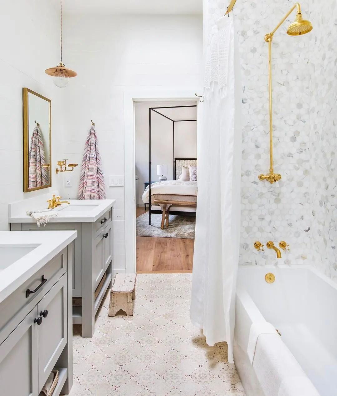 50 Best Bathroom Design Ideas | Apartment Therapy on Apartment Bathroom Ideas  id=99634