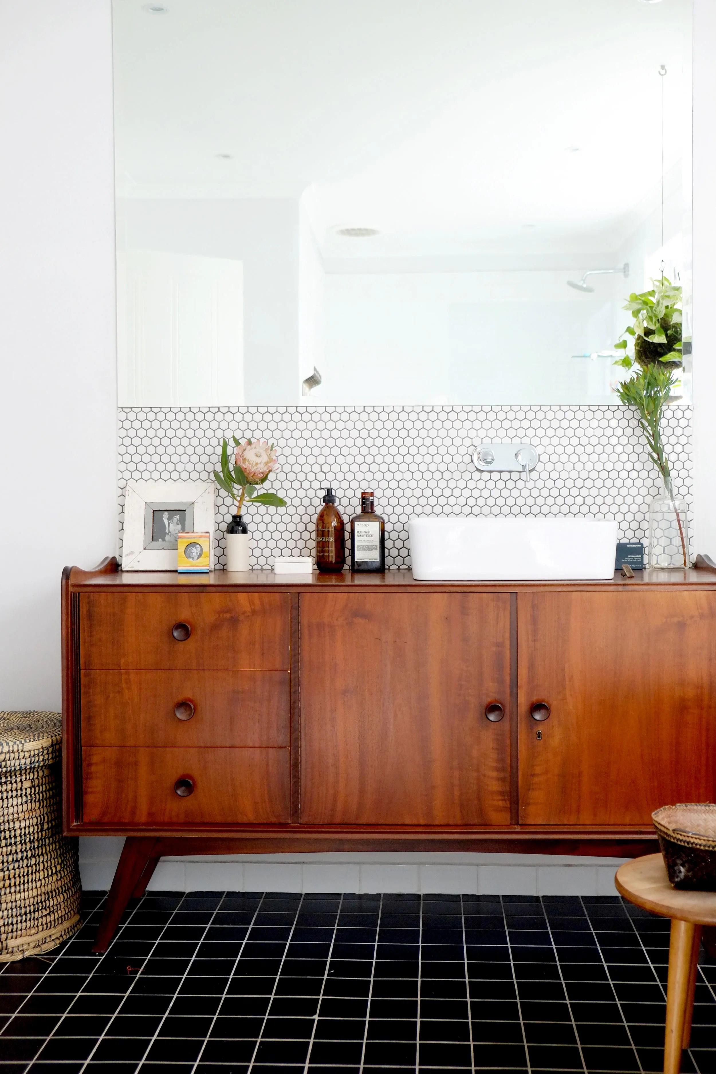 50 Best Bathroom Design Ideas | Apartment Therapy on Apartment Bathroom Ideas  id=38134