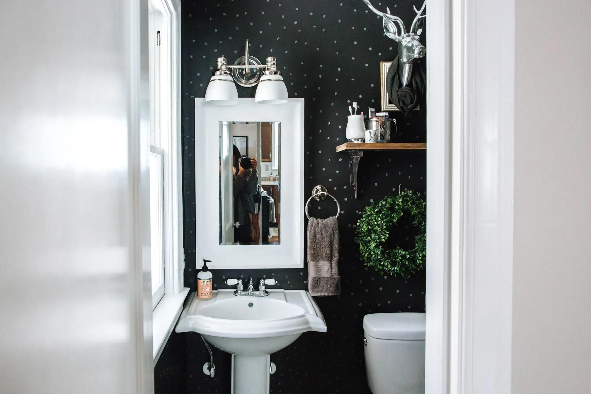 50 Best Bathroom Design Ideas | Apartment Therapy on Apartment Bathroom Ideas  id=56073