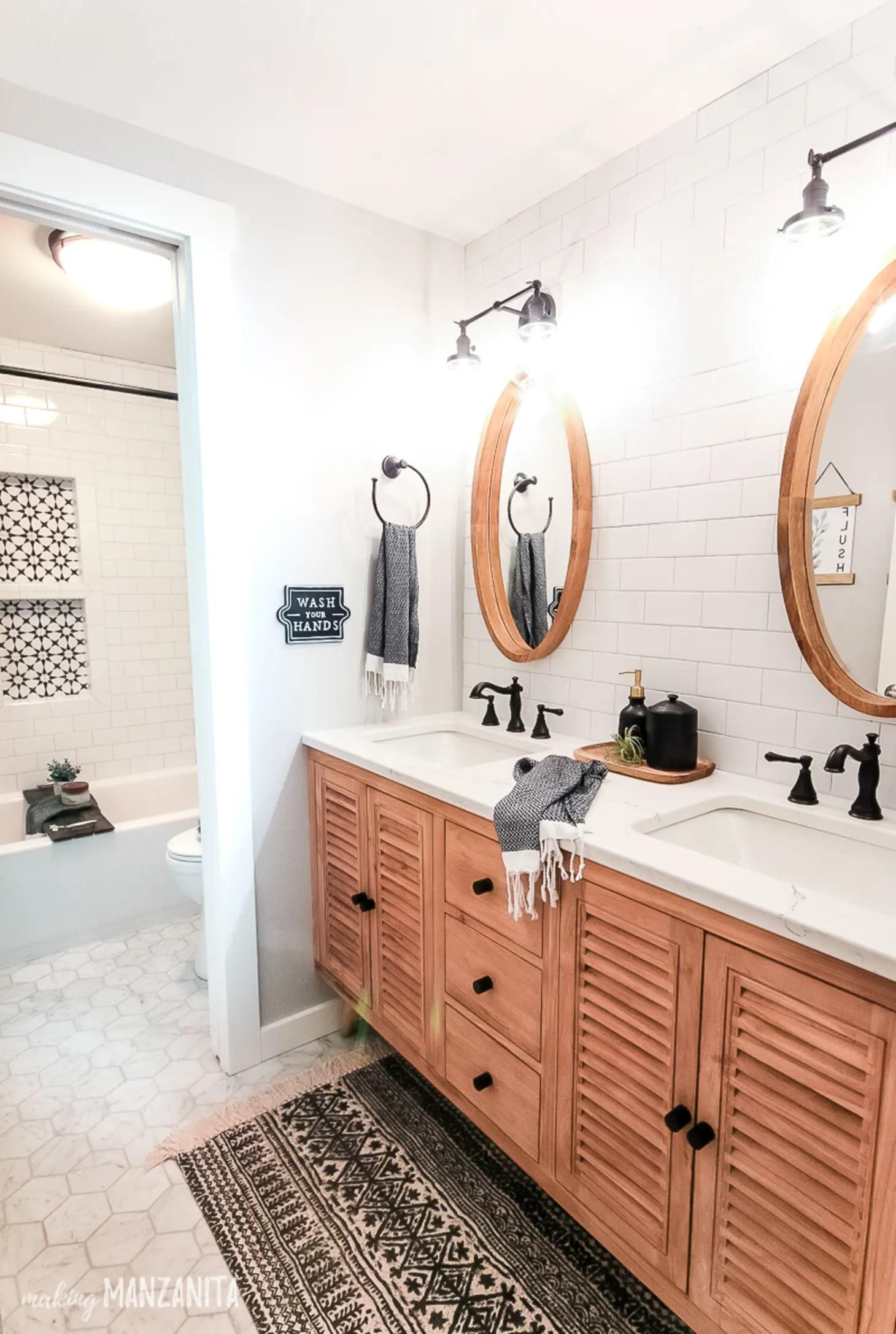 The Best Farmhouse Bathroom Decor - Farmhouse Bathroom ... on Bathroom Ideas Modern Farmhouse  id=48047