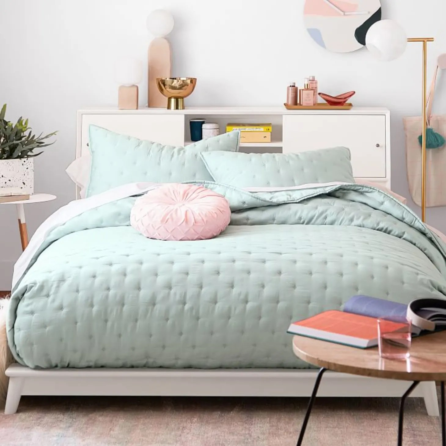 West Elm X Pbteen Collection Is Modern And Perfect For Small