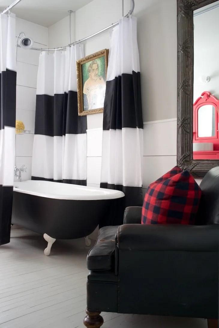 built in versus freestanding bathtubs