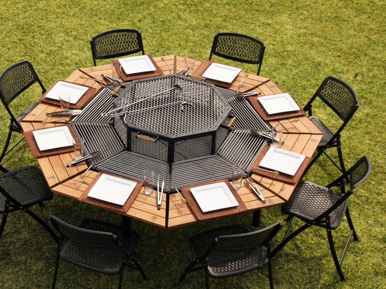 this transforming outdoor table is also
