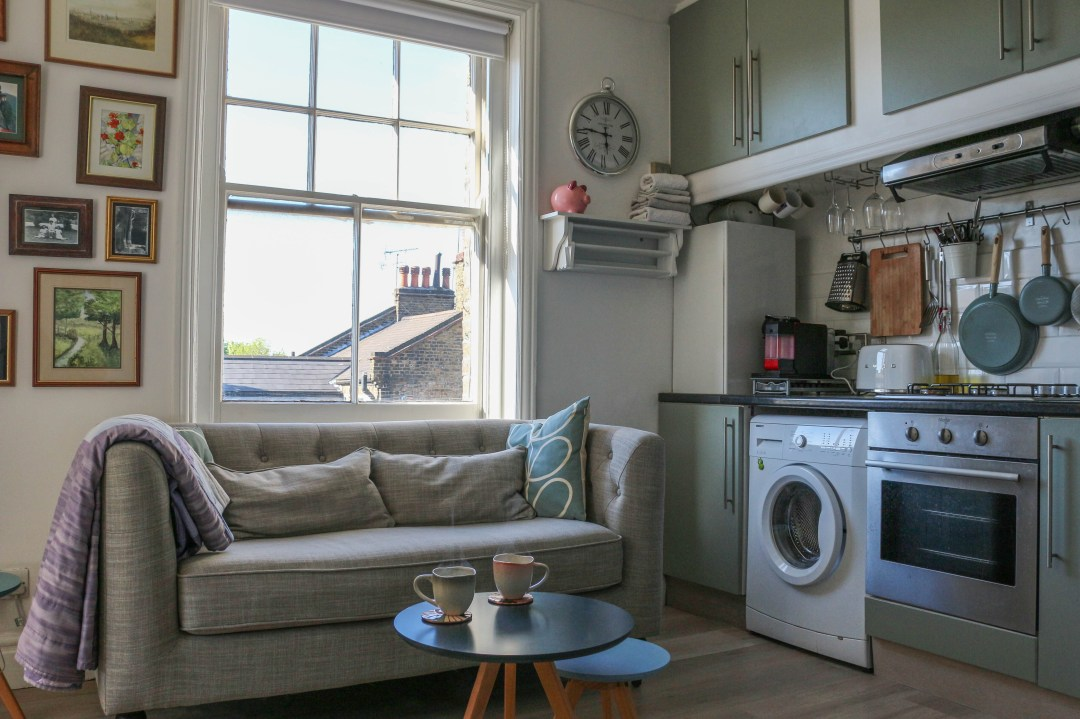 This 300-Square-Foot London Flat Is a Great Example of How to Organize a Super Small Space