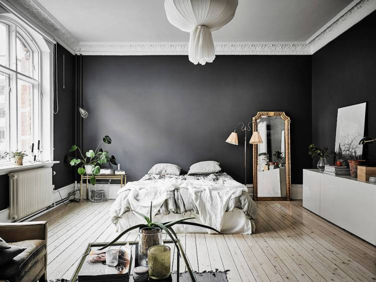 High Contrast Rooms With Dark Walls Light Floors Apartment Therapy