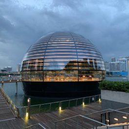 Apple-Store-Marina-Bay-Sands-Eau-Exterieur-2-739x554
