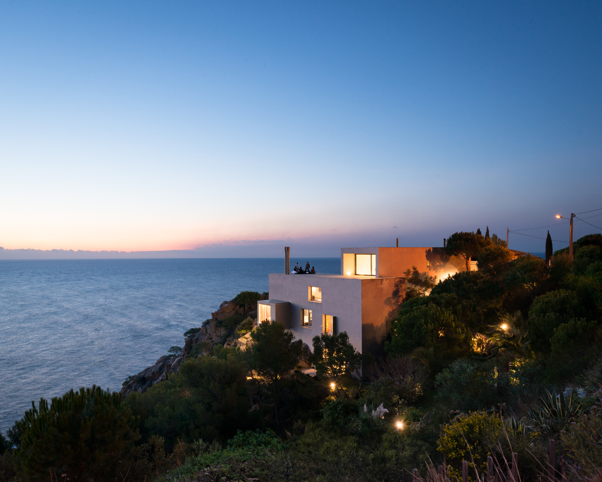 The Silver House by Jordi Garcés Arquitectes, Costa Brava. Courtesy of Jim Stephenson.