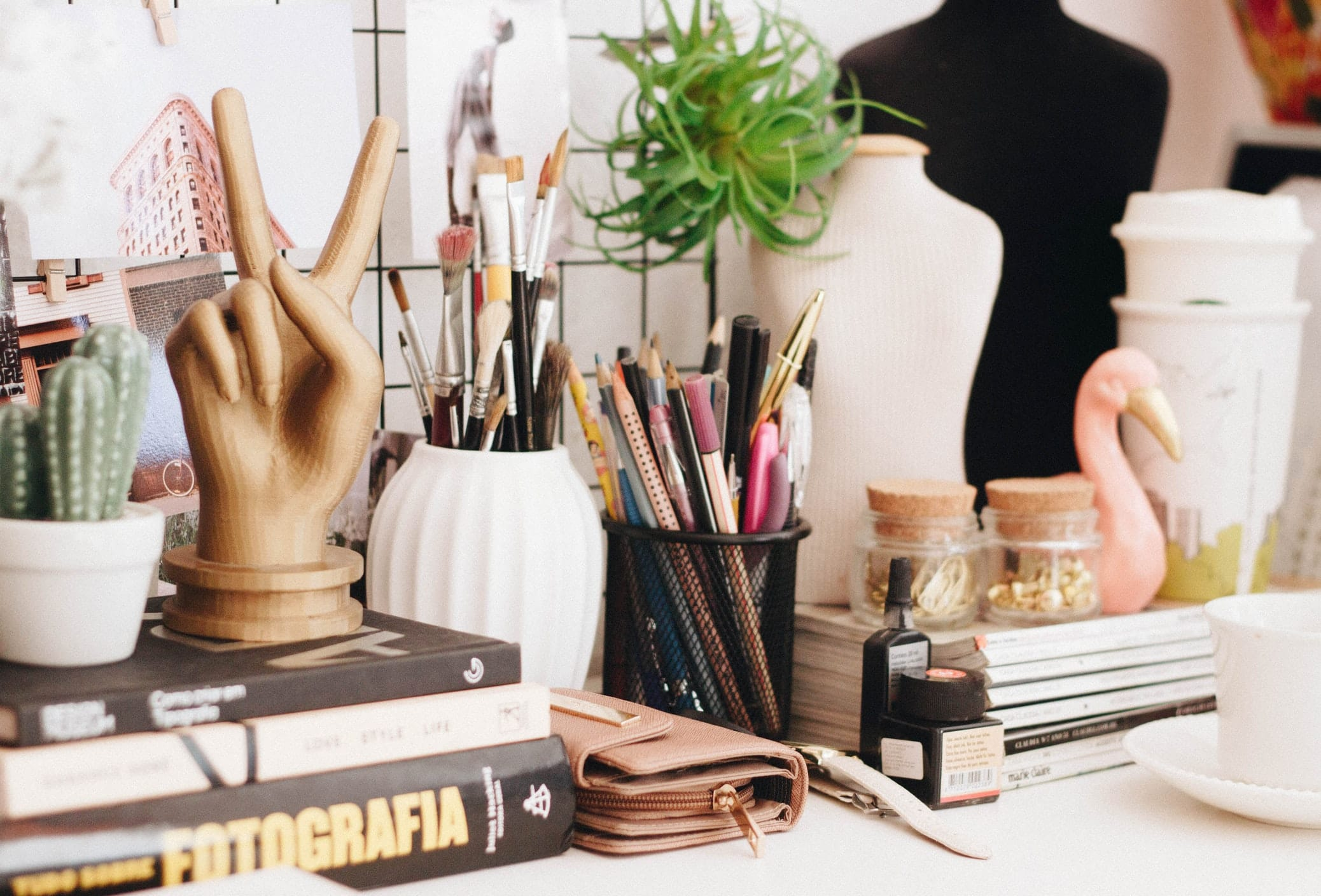 8 Of The Best Desk For Artists Today Reviews Buyer S Guide