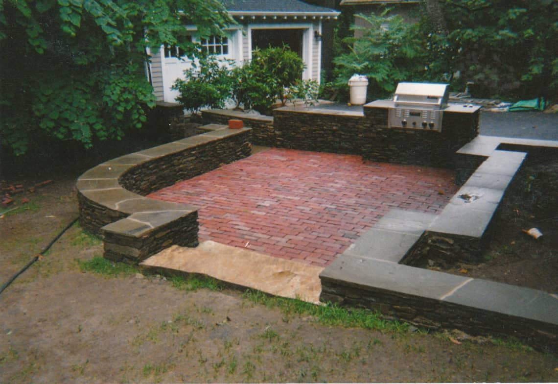59 Cool Rock,Concrete & Brick Patio Ideas to Realize Now ... on Rock Patio Designs  id=53627