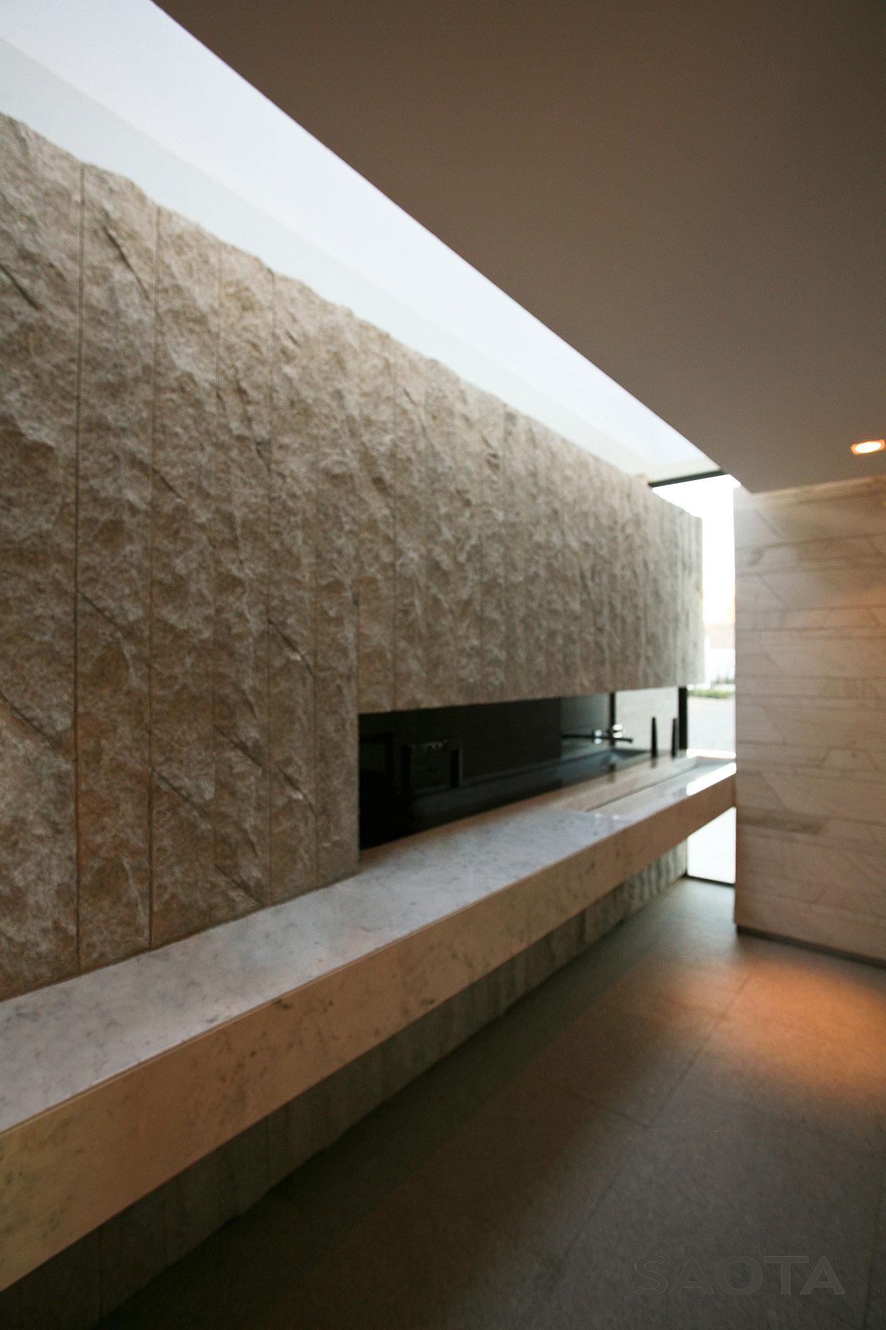 Futuristic House Where Contemporary Art Meets Modern Living