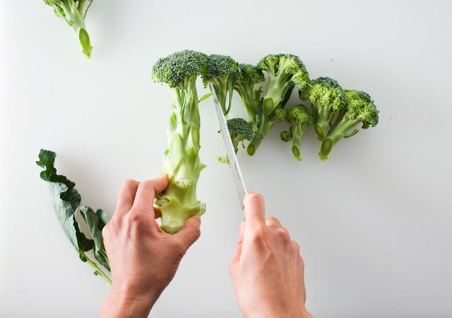 11-Broccoli-Stalks-and-Leaves