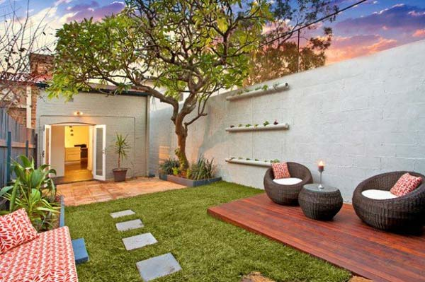 23 Small Backyard Ideas How to Make Them Look Spacious and ... on Backyard Hardscape Ideas  id=44693