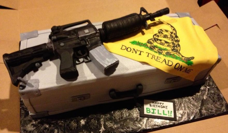 40 Of The Most Creative Cakes That Are Too Cool To Eat