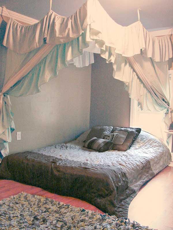 20 Magical DIY Bed Canopy Ideas Will Make You Sleep ... on Cheap:l2Opoiauzas= Bedroom Ideas  id=44450