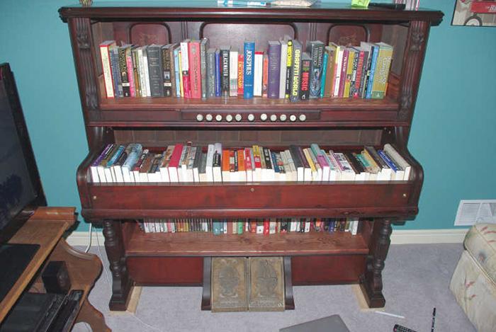 AD-The-Most-Creative-Bookshelves-32