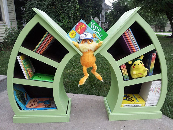 AD-The-Most-Creative-Bookshelves-52