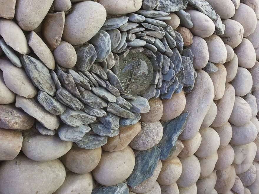AD-Stone-Sculptures-Mosaic-Johny-Clasper-05