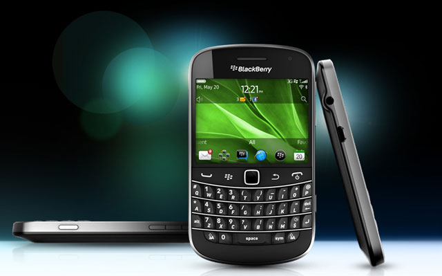 Rim Unveils Shiny New Blackberry 7 Os Only For Shiny New