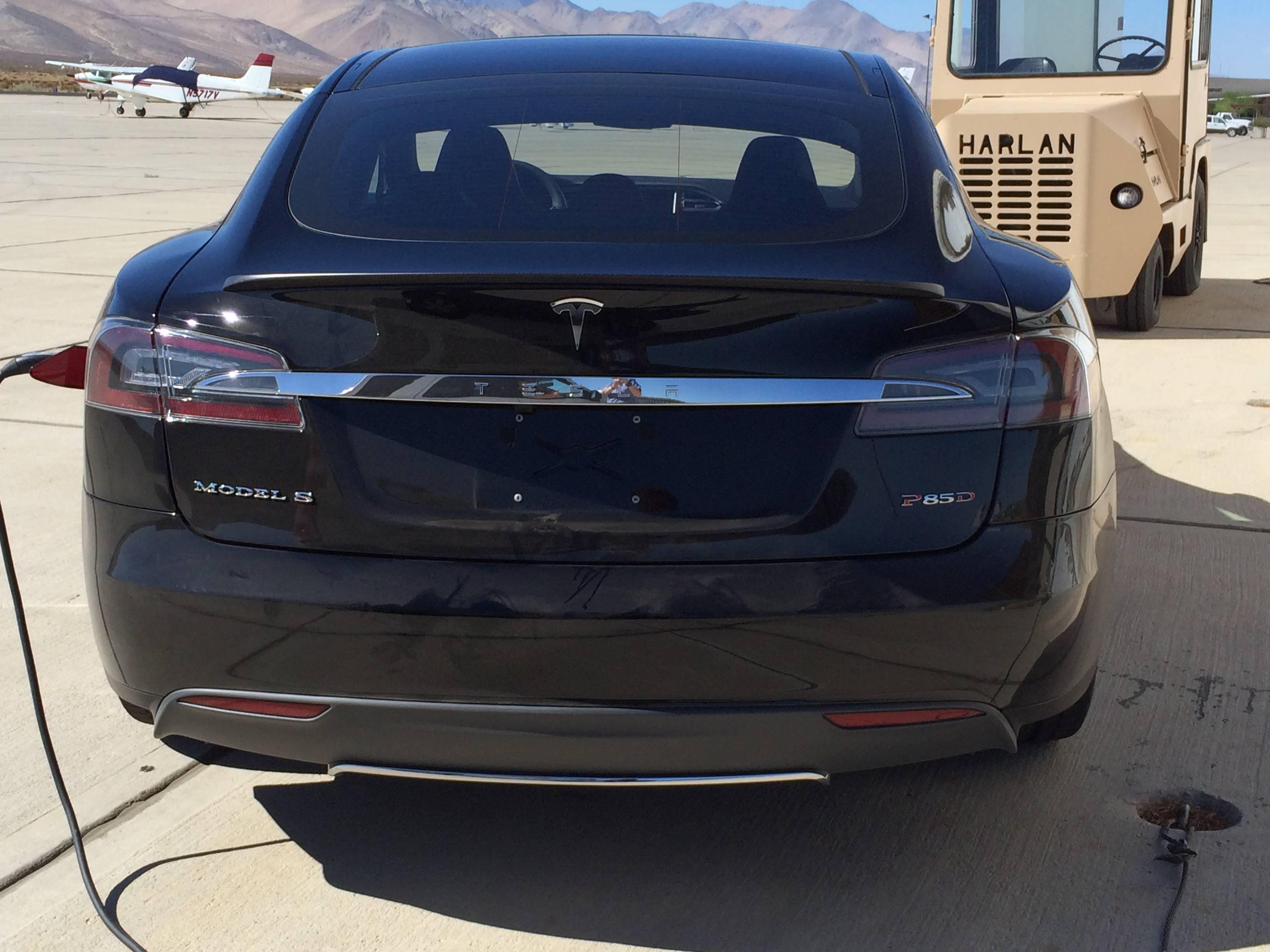 Tesla Motors Gives Us The Ddual Motor All Wheel Drive