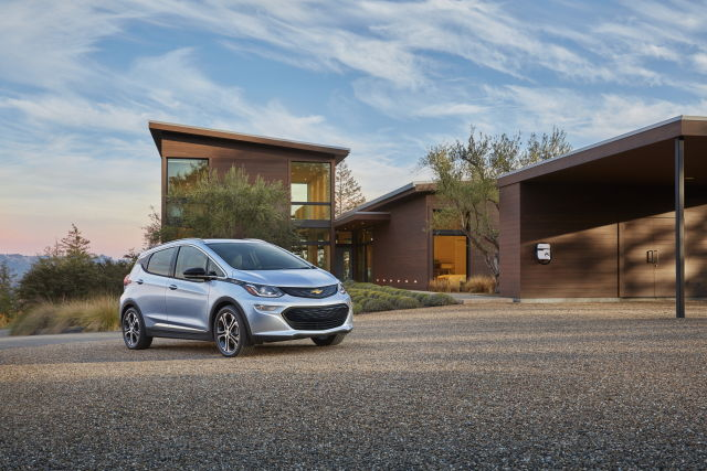 Here's an official Bolt press picture from Chevy.