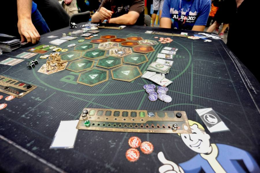 The hottest new board games from Gen Con 2017   Ars Technica This year s Gen Con seemed less flush with super hyped games than in years  past  but there was one demo area that was perpetually swamped with eager