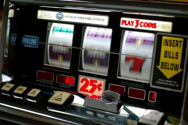 slot-800x532 Twitch streamers rake in millions with a shady crypto gambling boom   Ars Technical