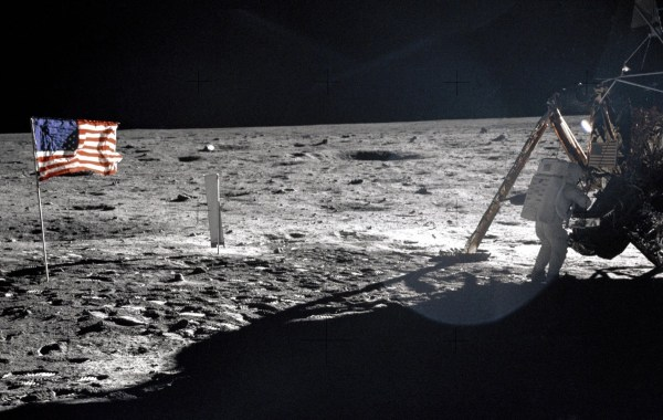 Behind-the-scenes audio from Apollo 11 mission made public ...