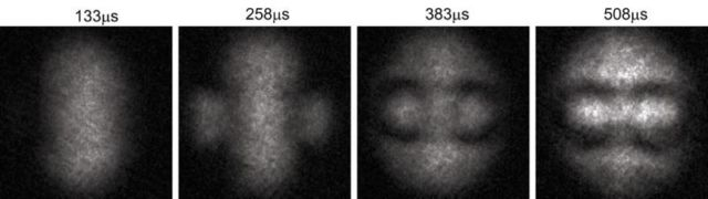 Quantum knots in a superfluid resemble smoke rings.