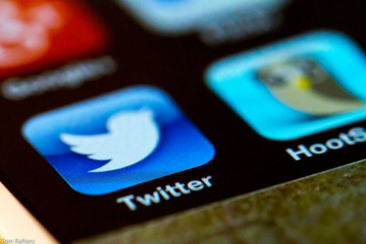 """Twitter hackers used """"phone spear phishing"""" in mass account takeover"""