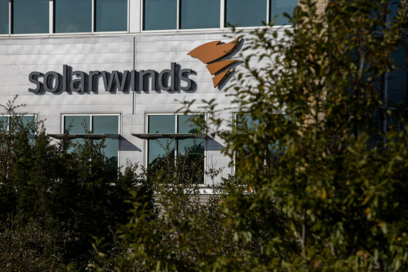 Microsoft says hackers in China exploited critical SolarWinds 0-day