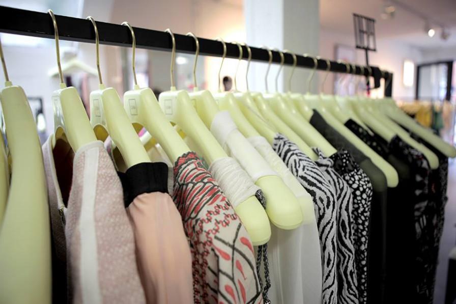biblioteca de moda mundoidao lena the fashion library_2