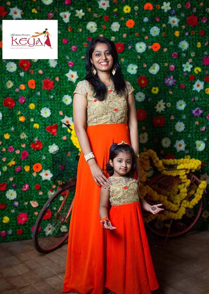 Mom And Daughter Matching Dresses India