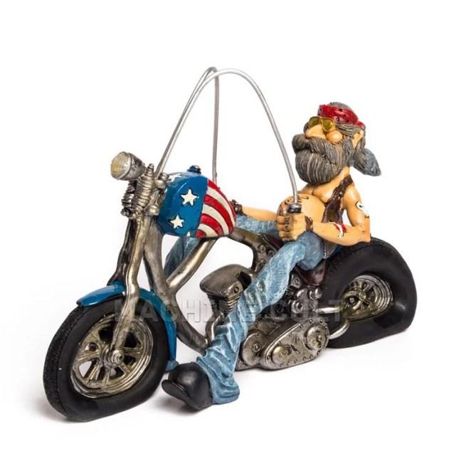 Montar uma coleção de miniaturas de motos