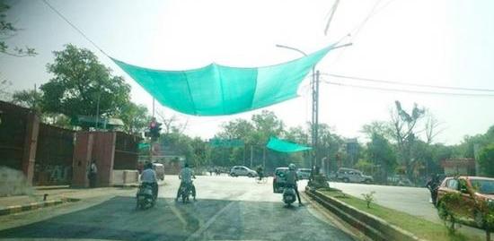 làm bạt che giữa đường, giải pháp chống nắng cho người đi xe máy