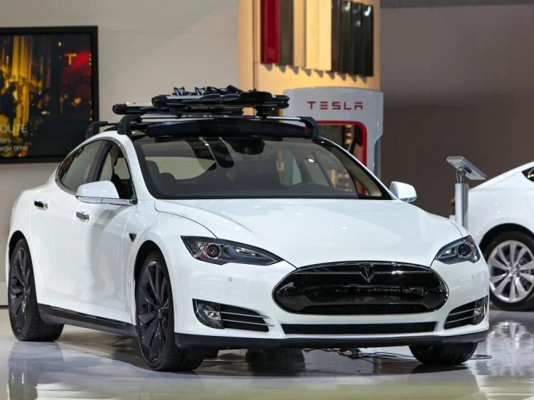 Tesla Motors, Inc. (NASDAQ:TSLA), FMC Corporation (NYSE ...