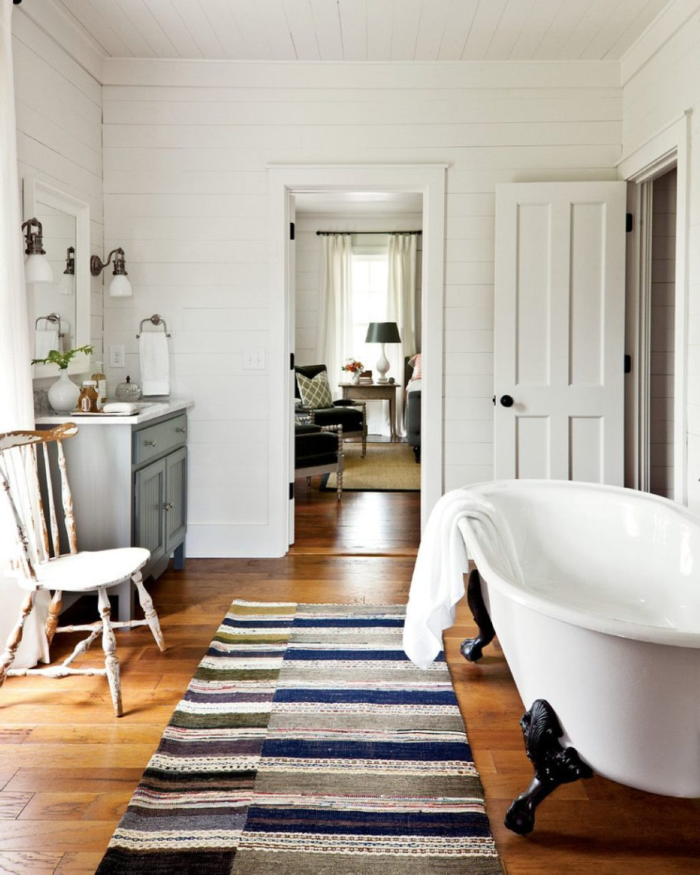 Country-Style Interior on Rural Bathroom  id=36121