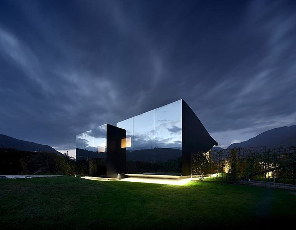 Peter Pichler S Invisible Mirror Houses