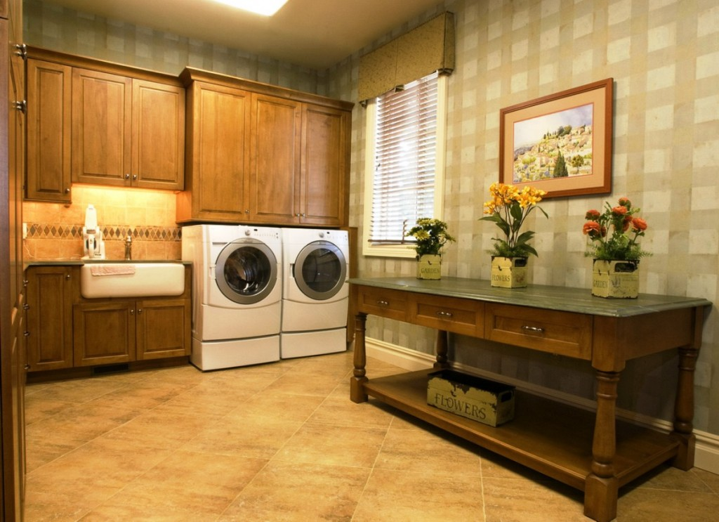 Special Laundry Room Decorating Ideas on Laundry Decoration  id=43357