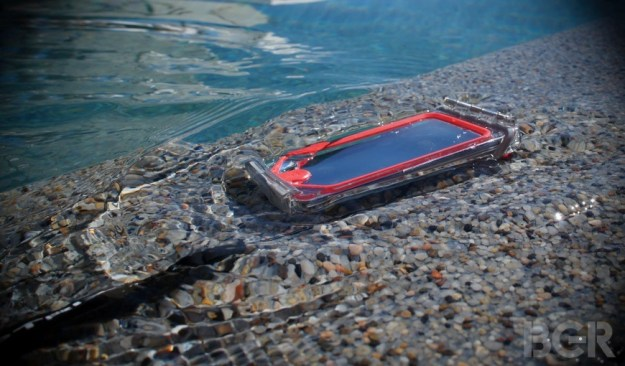 Apple Waterproof iPhone Patent