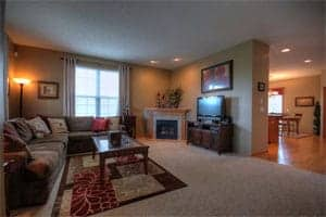 staging the house for sale