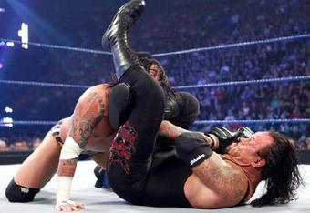 Cm-punk-defeated-the-undertaker1_crop_340x234