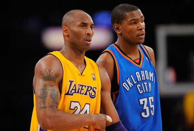 LOS ANGELES, CA - APRIL 27:  Kobe Bryant #24 of the Los Angeles Lakers stands next to Kevin Durant #35 of the Oklahoma City Thunder during Game Two of the Western Conference Quarterfinals of the 2010 NBA Playoffs at Staples Center on April 27, 2010 in Los Angeles, California.  (Photo by Kevork Djansezian/Getty Images)