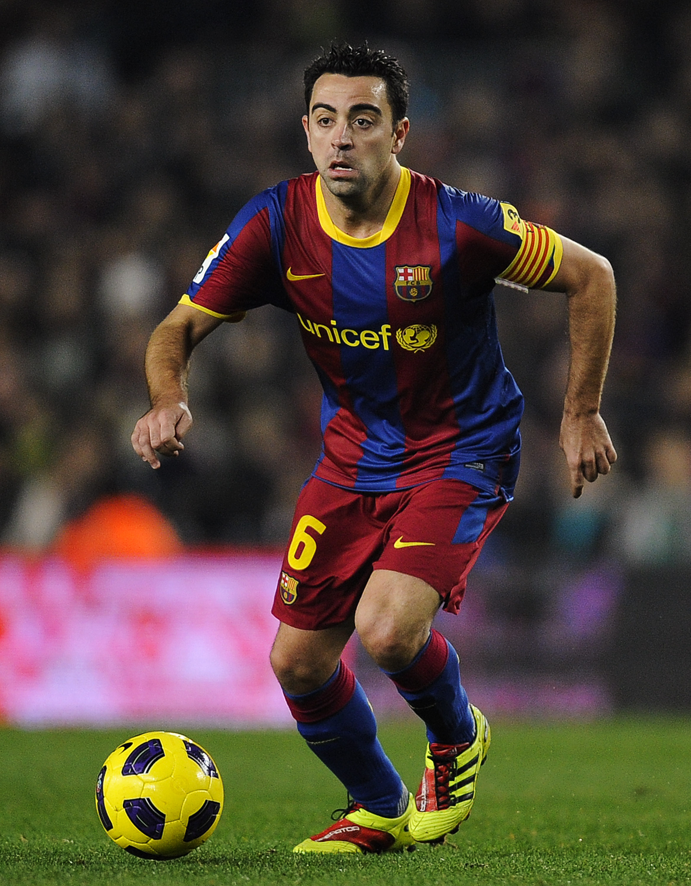 Ranking the Top 10 Midfielders in World Football: Xavi ...