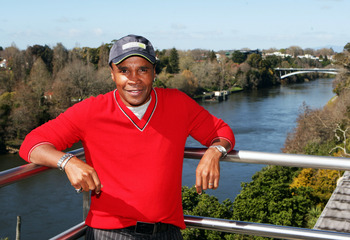 HAMILTON, NEW ZEALAND - SEPTEMBER 03:  Sugar Ray Leonard poses beside the Waikato River at SKYCITY on September 3, 2009 in Hamilton, New Zealand.  (Photo by Sandra Mu/Getty Images)