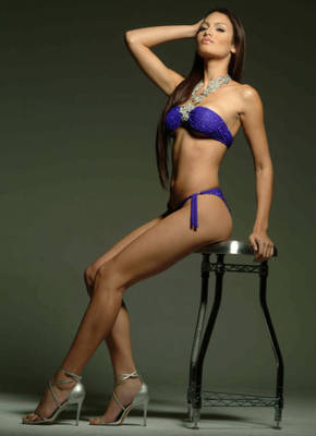 Zuleyka_rivera_4_display_image