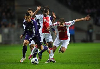 Arsenal FC Transfer Rumors: 8 Defenders Arsene Wenger ...