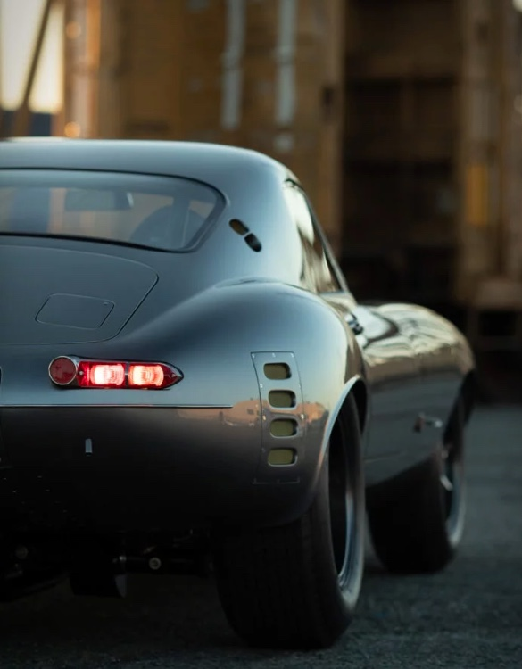 jaguar-e-type-low-drag-coupe-9.jpg